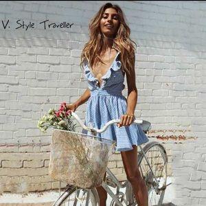 Dresses & Skirts - Beautiful linen strapped ruffle blue dress